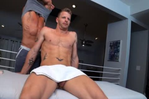 GayRoom seduce The knob