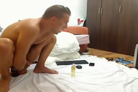 delicious Romanian Model From Webchat Caught In Free Show