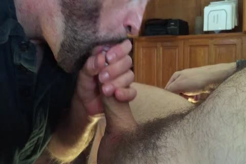 Got This lad To Come Over And Make A video Of Me engulfing His 10-Pounder. I Had To Trim The video because I Sucked Him Off For An Hour. It muscular Up A biggest Load.
