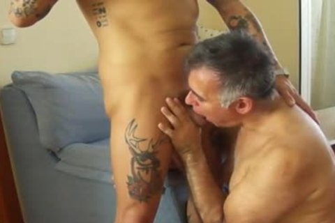We Spent three Hours Hugging, kissing, swallowing his dick, ass pounding His ass, Talking, And Laughing. this guy hammered Me two Times. Unfortunately The Camera Lost Its Battery Charge And We Were Not Able To Record The First And The superlatively d