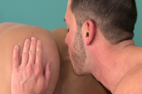 Brody Wilder And Aiden Marx enjoy sucking