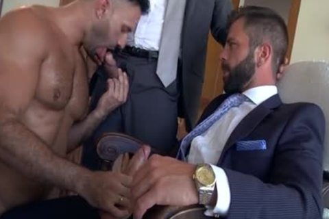 Muscle homo 3some And spooge flow