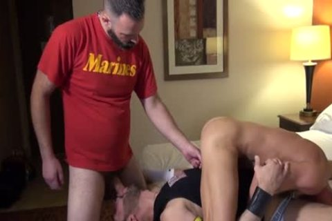 Muscle Bear butthole sex And cumshot