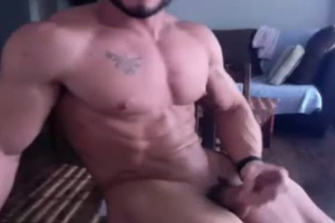 Muscle boy acquires undressed And Wanks On web camera