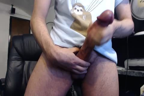 Monster pecker Cums On cam (it's humongous)