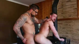 Size Queen - Ryan nails and Kurtis Wolfe butthole slam