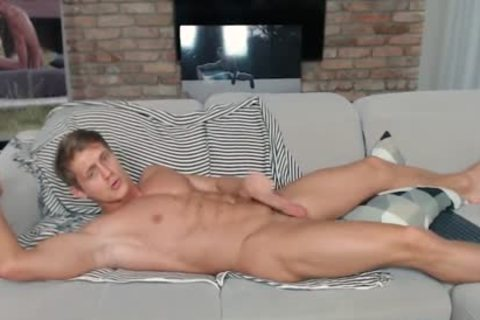 Eluan Jeunet On Flirt4Free - perfect Ripped Model Stroking His biggest penis