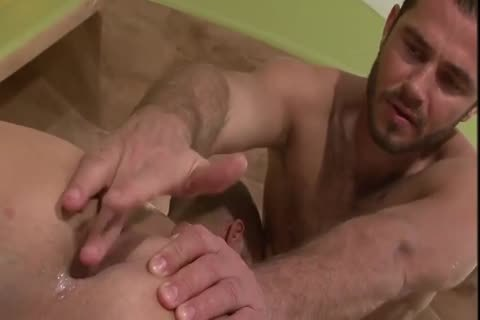 Gaysex Bottom Cums During Threeway joy