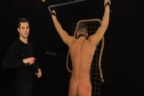 Muscled Hunks receive Bums Damaged In A Merciless thraldom & Discipline Game