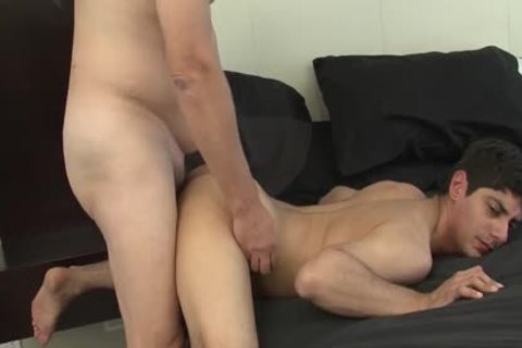 Daddy Dates twink previous to nice unprotected fucking