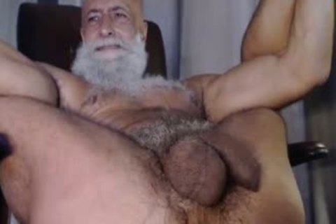 large Kiss For Super hole And Balls