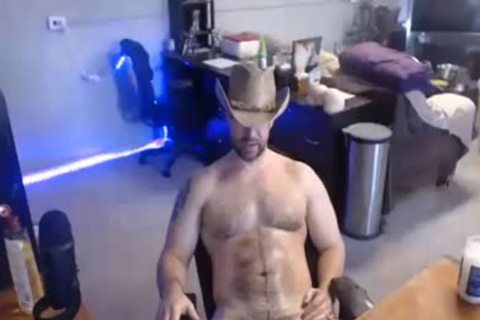 Muscle-tied Cowboy wanking In Live