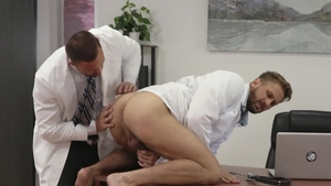 Icon Male - Wesley Woods and Michael Roman sucking dick