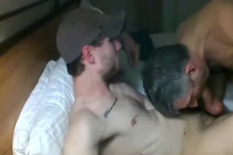 mature engulfing rod In Live